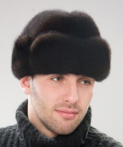 Актуальные мужские головные уборы зимы 2011 года