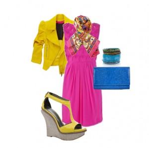 Синий хорошо сочетается с желтым и нежно - розовым